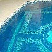 mosaikfliesen-schwimmbecken