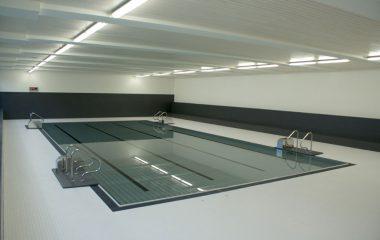 Bild Schwimbad Feinsteinzeug