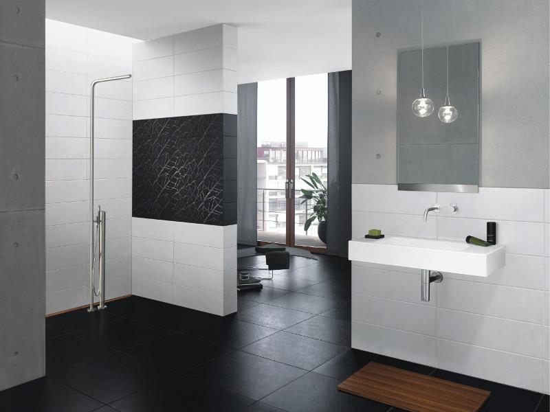 badezimmer fliesen weis matt raum und m beldesign. Black Bedroom Furniture Sets. Home Design Ideas